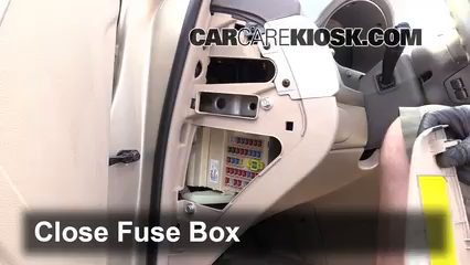 interior fuse box location 2006 2010 kia optima 2007 kia optima rh carcarekiosk com