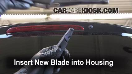 Rear Wiper Blade Change Mercedes-Benz ML350 (2006-2011