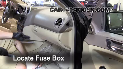 interior fuse box location 2006 2011 mercedes benz ml350 2007 rh carcarekiosk com