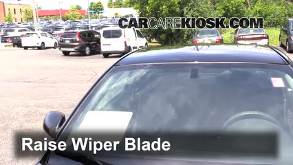 2007 Pontiac G5 2.2L 4 Cyl. Windshield Wiper Blade (Front) Replace Wiper Blades