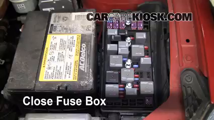 replace a fuse 2005 2010 pontiac g6 2007 pontiac g6 3 5l v6 pontiac g6 fuse box location 6 replace cover secure the cover and test component
