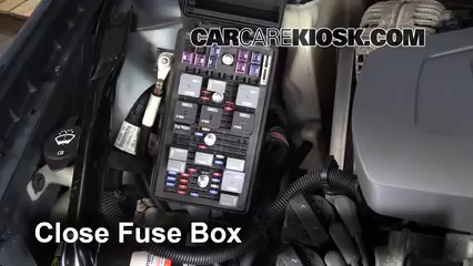 replace a fuse 2004 2008 pontiac grand prix 2007 pontiac grand rh carcarekiosk com 2005 pontiac grand prix interior fuse box