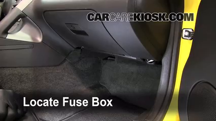 interior fuse box location 2006 2009 pontiac solstice 20072007 pontiac solstice 2 4l 4 cyl fuse (interior) check