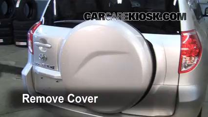 Fix a Flat Tire: Toyota RAV4 (2006-2012) - 2007 Toyota RAV4