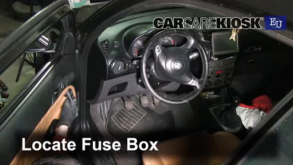 2007 Alfa Romeo 147 T.Spark 1.4L 4 Cyl. Fusible (intérieur)