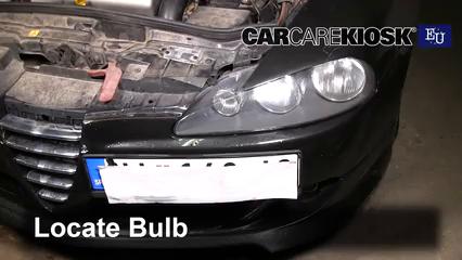 2007 Alfa Romeo 147 T.Spark 1.4L 4 Cyl. Lights Daytime Running Light (replace bulb)