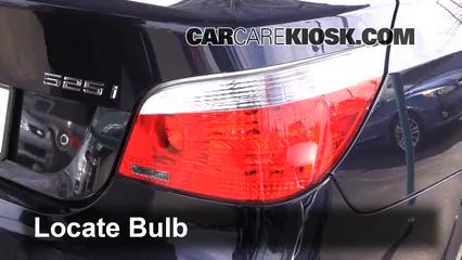 2007 BMW 525i 3.0L 6 Cyl. Luces Luz trasera (reemplazar foco)