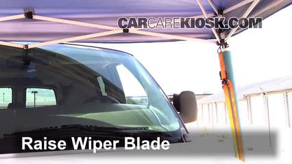 2007 Chevrolet Express 3500 LS 6.0L V8 Standard Passenger Van (3 Door) Windshield Wiper Blade (Front)
