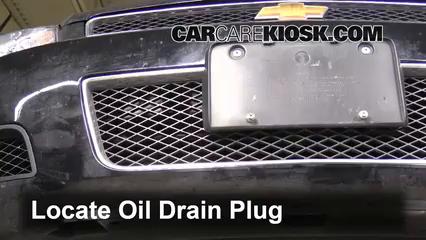 2007 Chevrolet Impala SS 5.3L V8 Oil Change Oil and Oil Filter