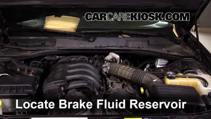 2007 Chrysler 300 2.7L V6 Liquide de frein Contrôler le niveau de liquide de frein