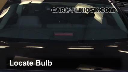 2007 Chrysler 300 2.7L V6 Éclairage Feu de freinage central (remplacer l'ampoule)
