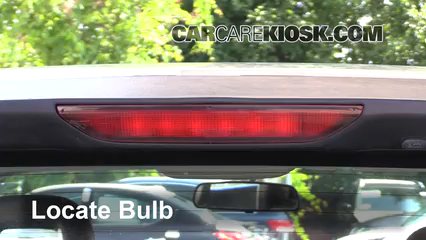 2007 Dodge Caliber SXT 2.0L 4 Cyl. Luces Luz de freno central (reemplazar foco)