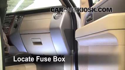 2007 Ford Expedition EL Eddie Bauer 5.4L V8 Fusible (interior)
