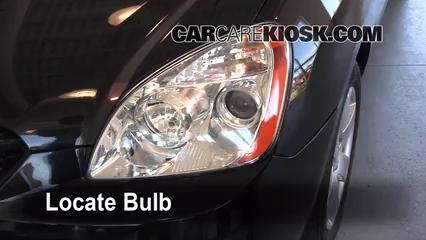 2007 Kia Rondo LX 2.7L V6 Lights