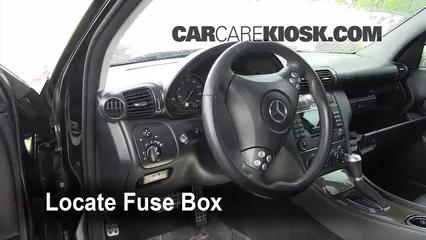 Interior Fuse Box Location 2001 2007 Mercedes Benz C230 2007 Mercedes Benz C230 Sport 2 5l V6 Flexfuel