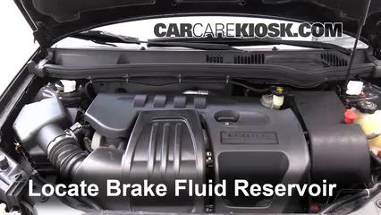 2007 Pontiac G5 2.2L 4 Cyl. Brake Fluid