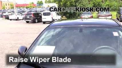 2007 Pontiac G5 2.2L 4 Cyl. Windshield Wiper Blade (Front)