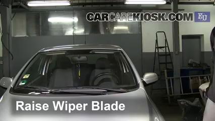 2007 Volkswagen Fox Urban 1.4L 4 Cyl. Windshield Wiper Blade (Front)