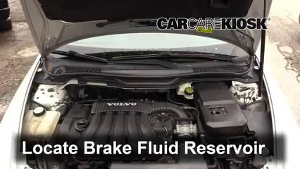 2007 Volvo V50 2.4i 2.4L 5 Cyl. Brake Fluid