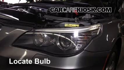 2006 bmw 550i headlight bulb