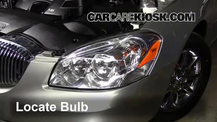 Replace a Fuse: 2006-2011 Buick Lucerne - 2008 Buick Lucerne CXL 3.8L V6