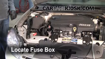 2008 Chevrolet Impala LT 3.5L V6 FlexFuel%2FFuse Engine Part 1 replace a fuse 2006 2016 chevrolet impala 2008 chevrolet impala 2001 chevy impala fuse box at crackthecode.co