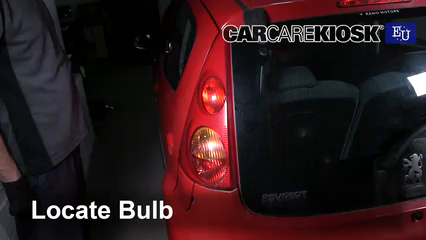 2008 peugeot 107 trendy 1 0l 3 cyl  lights reverse light (replace bulb)