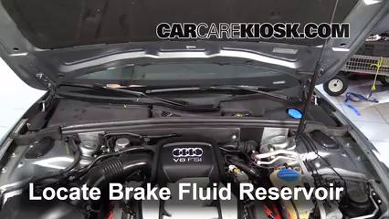 2008 Audi S5 4.2L V8 Líquido de frenos Controlar nivel de líquido