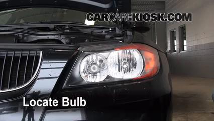 2008 BMW 328xi 3.0L 6 Cyl. Sedan (4 Door) Éclairage Feux de route (remplacer l'ampoule)
