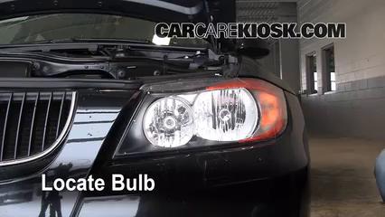 2008 BMW 328xi 3.0L 6 Cyl. Sedan (4 Door) Éclairage Feux de croisement (remplacer l'ampoule)
