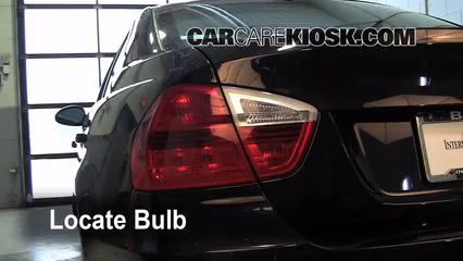 2008 BMW 328xi 3.0L 6 Cyl. Sedan (4 Door) Éclairage Feu clignotant arrière (remplacer l'ampoule)