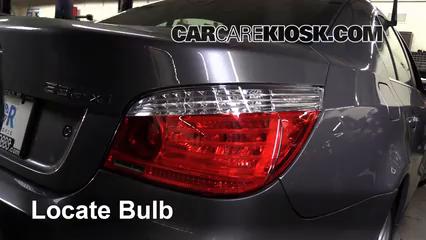 2008 BMW 535xi 3.0L 6 Cyl. Turbo Sedan Luces Luz de giro trasera (reemplazar foco)