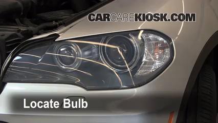2008 BMW X5 3.0si 3.0L 6 Cyl. Lights Turn Signal - Front (replace bulb)
