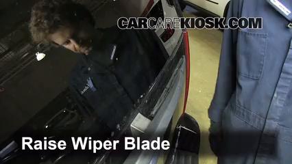 2008 Cadillac Escalade 6.2L V8 Windshield Wiper Blade (Rear)