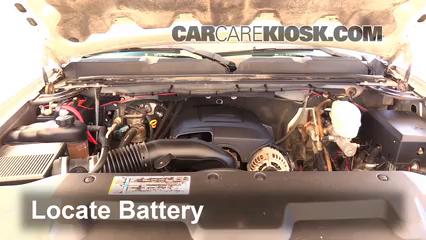 2008 Chevrolet Silverado 2500 HD LT 6.0L V8 Crew Cab Pickup (4 Door) Batterie Changement