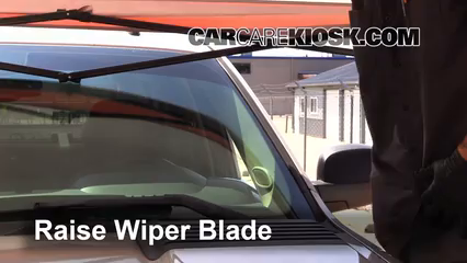 2008 Chevrolet Silverado 2500 HD LT 6.0L V8 Crew Cab Pickup (4 Door) Windshield Wiper Blade (Front)
