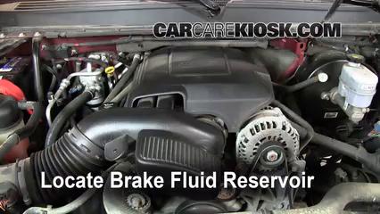 2008 GMC Yukon Denali 6.2L V8 Brake Fluid Check Fluid Level