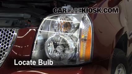 2008 GMC Yukon Denali 6.2L V8 Lights Headlight (replace bulb)