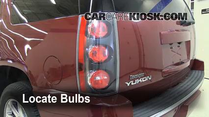 2008 GMC Yukon Denali 6.2L V8 Lights Tail Light (replace bulb)