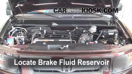 2008 Honda Element SC 2.4L 4 Cyl. Liquide de frein Contrôler le niveau de liquide de frein