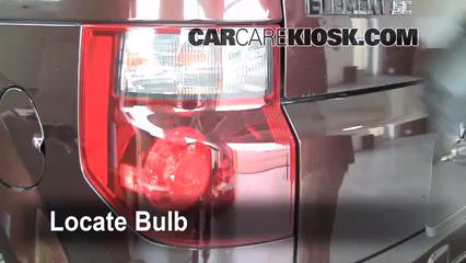 2008 Honda Element SC 2.4L 4 Cyl. Éclairage Feu clignotant arrière (remplacer l'ampoule)