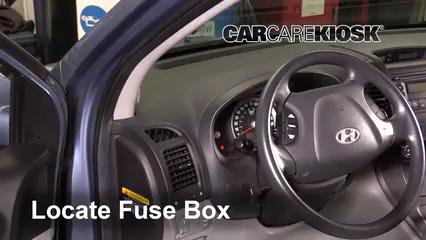 2008 Hyundai Entourage GLS 3.8L V6 Fusible (intérieur)