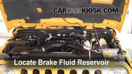 2008 Jeep Wrangler Unlimited Rubicon 3.8L V6 Brake Fluid Add Fluid