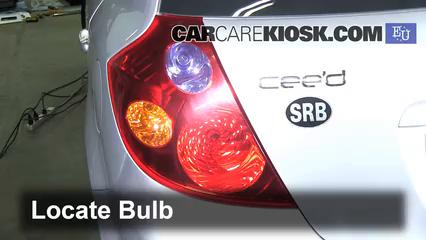2008 Kia Ceed LX 1.4L 4 Cyl. Lights