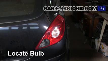 2008 Opel Corsa D 1.2L 4 Cyl. Luces Luz de freno (reemplazar foco)