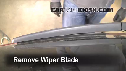 2008 Saturn Vue XE 2.4L 4 Cyl. Windshield Wiper Blade (Rear)
