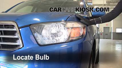 2008 Toyota Highlander Sport 3.5L V6 Lights Headlight (replace bulb)