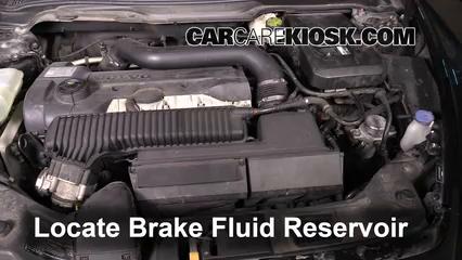 2008 Volvo C70 T5 2.5L 5 Cyl. Turbo Brake Fluid