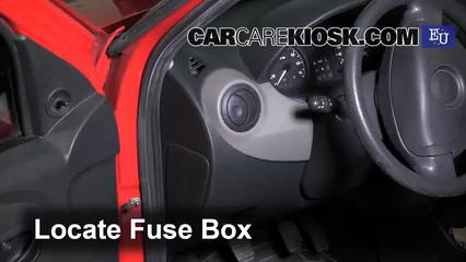 interior fuse box location 2007 2012 dacia sandero 2009  renault sandero fuse box #13