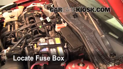 2009 Ford Focus SE 2.0L 4 Cyl. Sedan (4 Door) Fuse (Engine) Replace